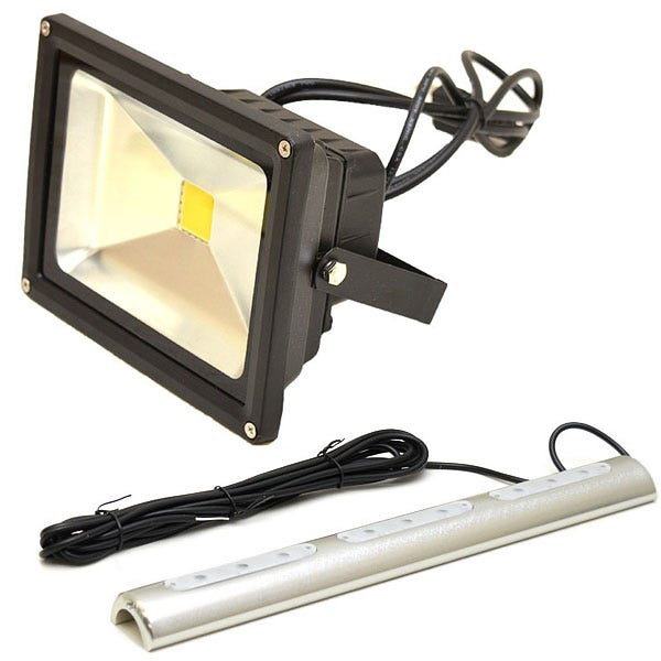 Deck and Livewell  sc 1 st  Great Lakes Skipper & Boat Livewell Lights Livewell Boat Lights Boat Deck Floodlights ...
