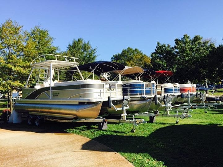 New Boats: Pontoon Edition