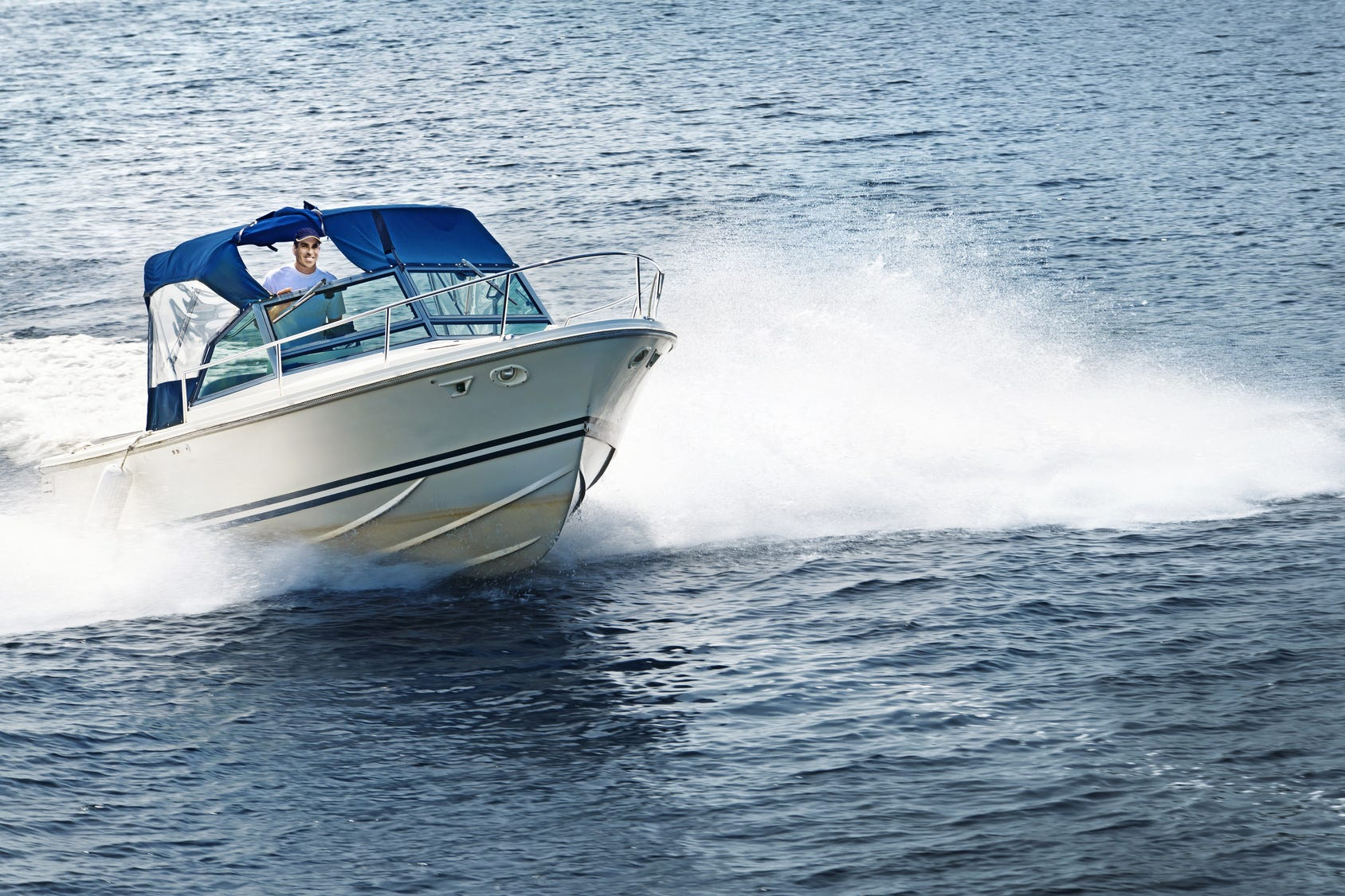 13 Boating Do's and Don'ts for Spring