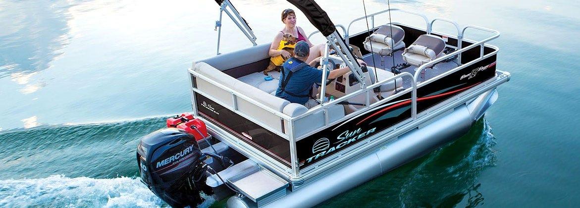 Sun Tracker Pontoon Boat
