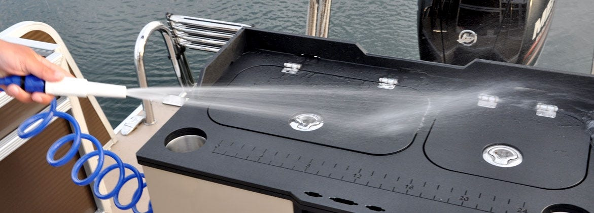 washdown black deck hatch