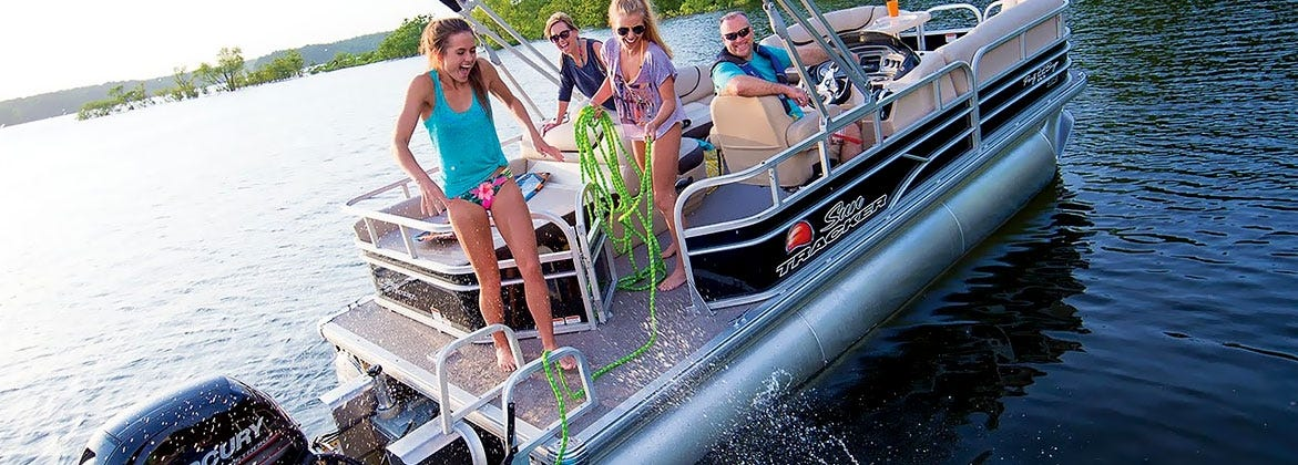 Suntracker Pontoon Boat with Mercury Outboard Engine & Trolling Motor